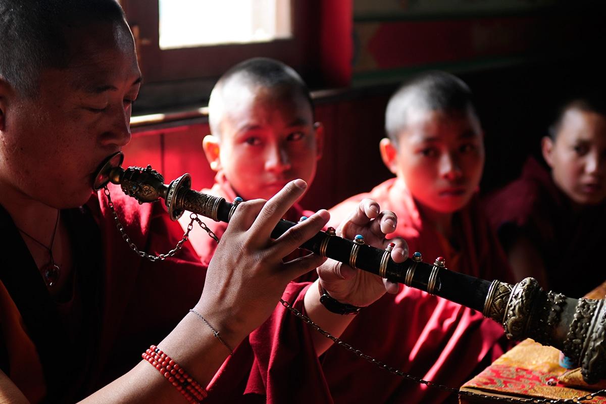 CHNCT100_moines circuits chine tibet tui