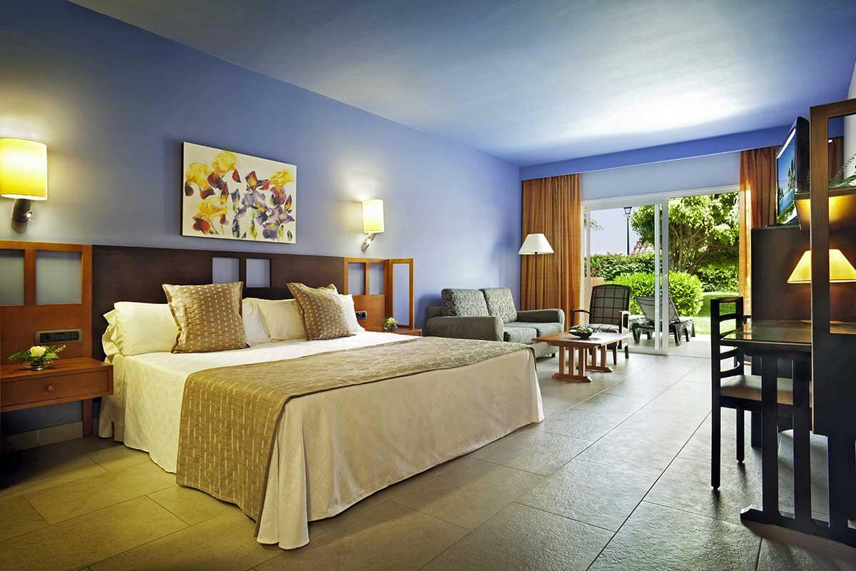 Hotel adrian hoteles roca nivaria grand hotel 5 tenerife for Precio habitacion hotel