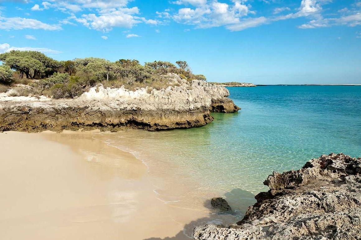 HCircuit Rivière Tsiribihina, grands Tsingy, baobabs et sable blanc